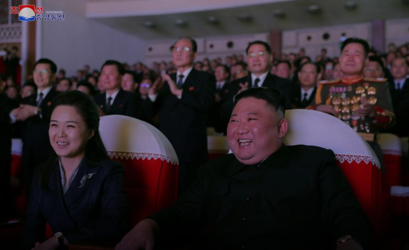 Жена Ким Чен Ына породила массу слухов своим внезапным исчезновением.