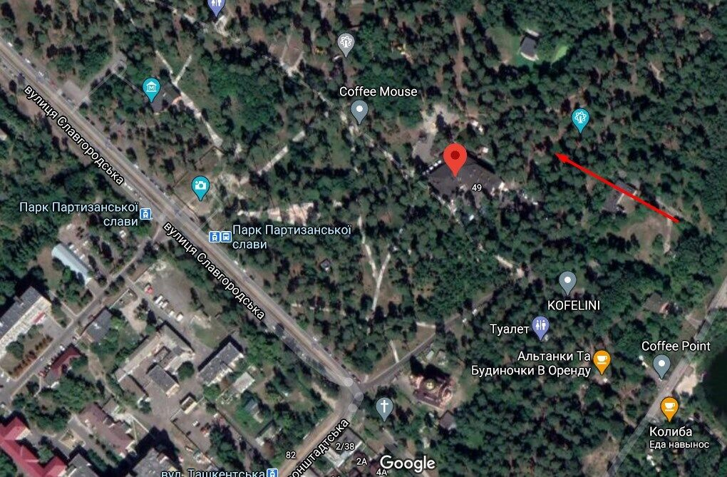Тіло дівчини знайшли в Дарницькому районі Києва.