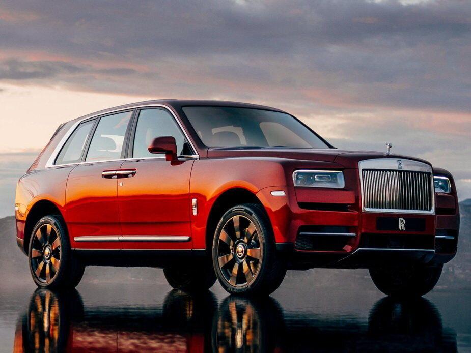 Rolls-Royce Cullinan схожий на традиційні моделі компанії