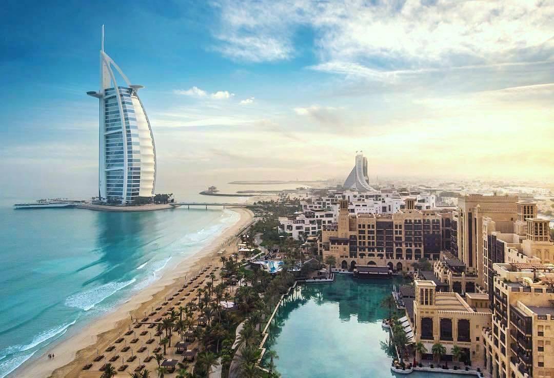 Діти до 12 років звільнені від тестування для в'їзду в Дубай.
