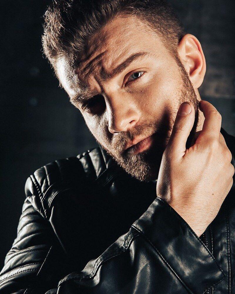 За словами Богдана, він не хоче шлюбу, тому що сумнівається, що почуття і пристрасть залишаться надовго