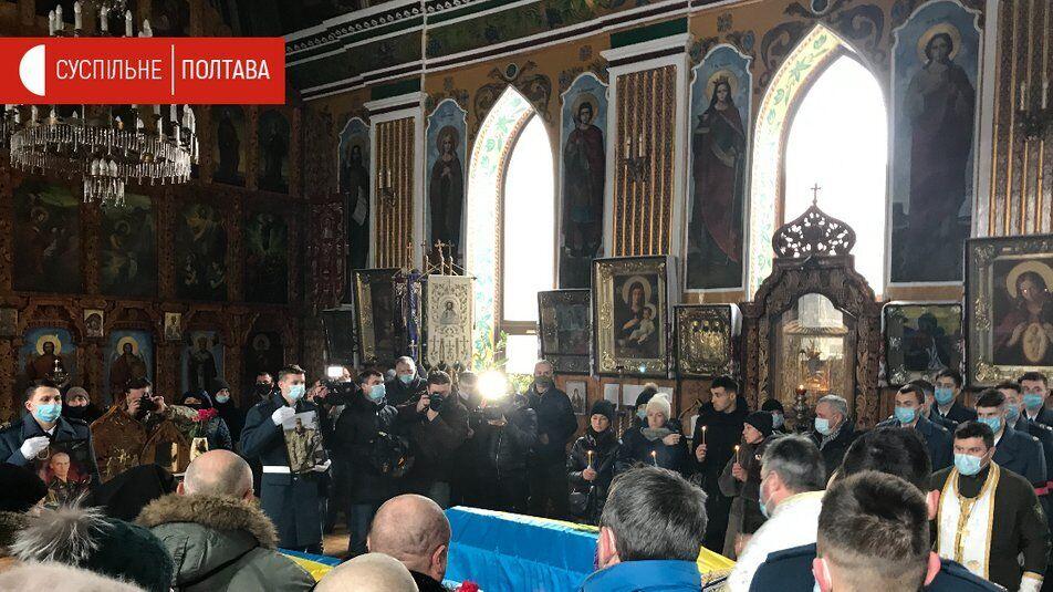 Панихида по погибшим прошла в Свято-Николаевском соборе