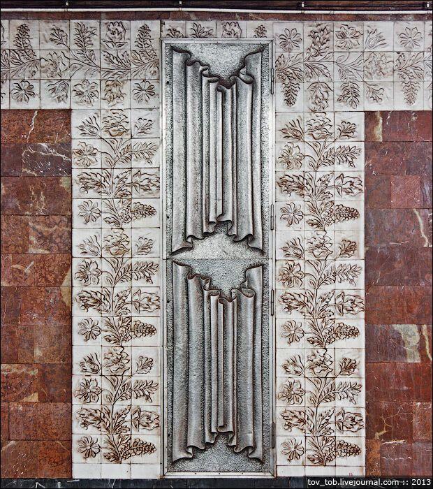 Технические дверцы с тематическими композициями