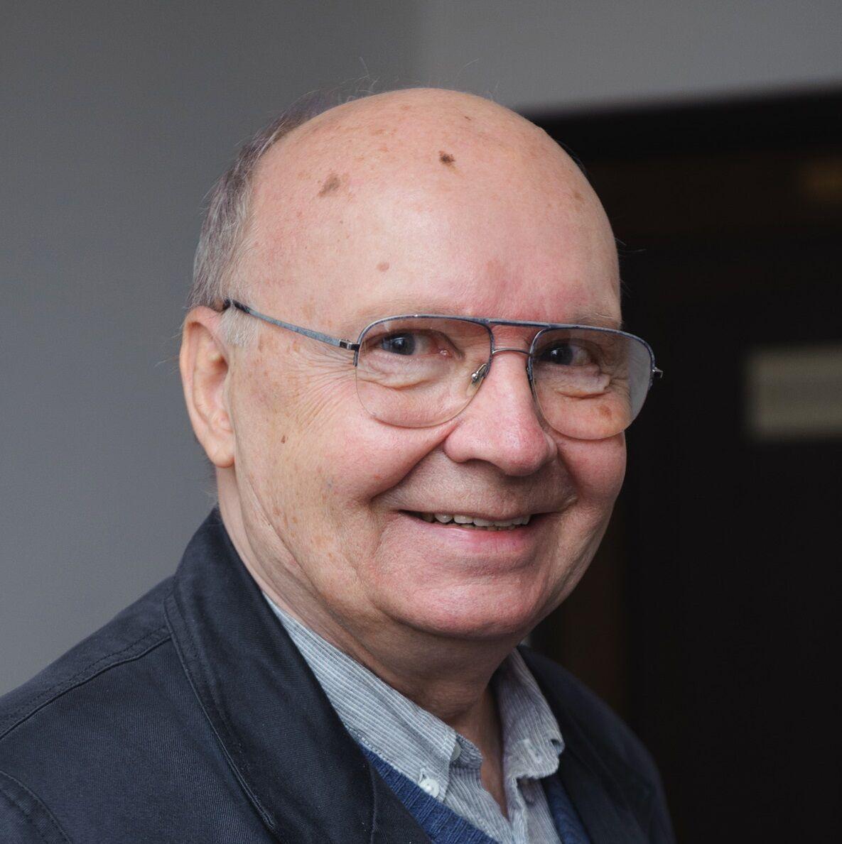 Актор Андрій Мягков