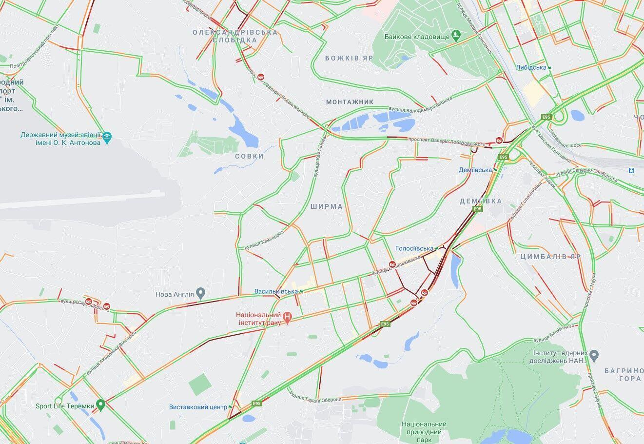 Пробки на правом берегу Киева.