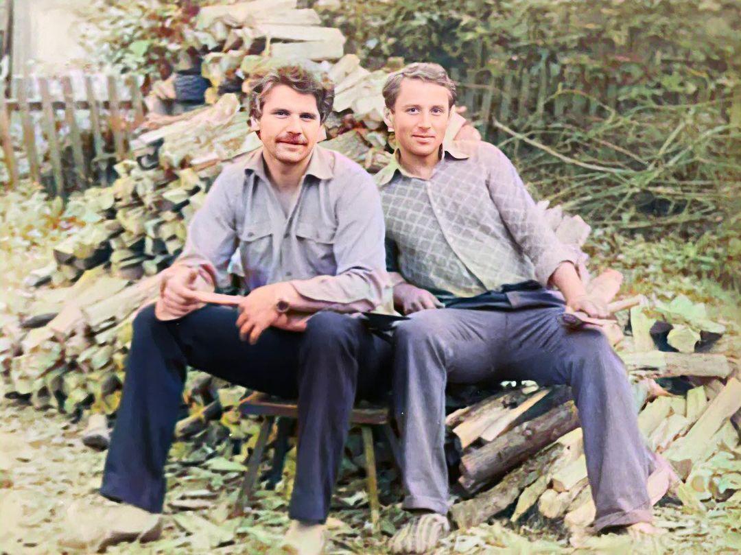Зібров з братом у молодості