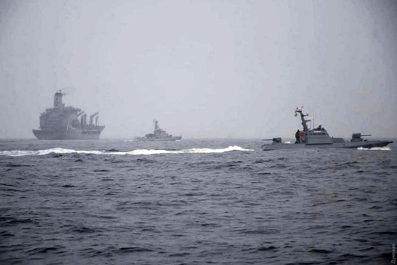 Новини Кримнашу. Титанік приєднав до себе айсберг
