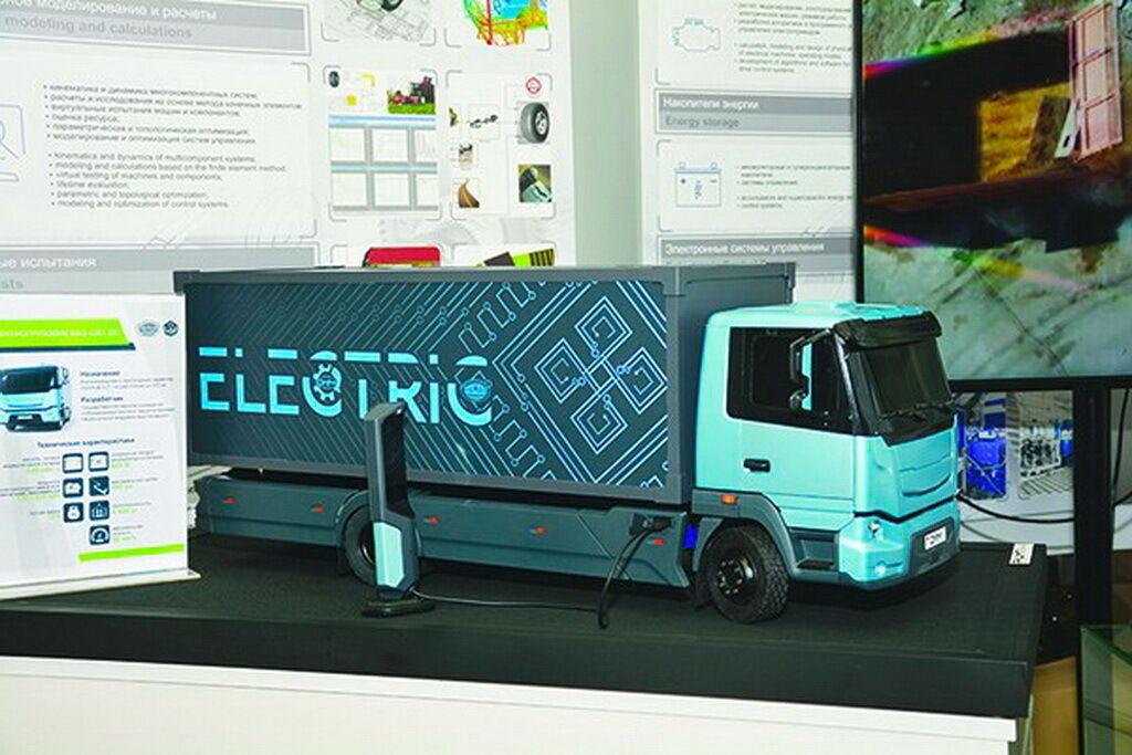 Вместе с МАЗом разрабатывается электрогрузовик МАЗ 4381 EE
