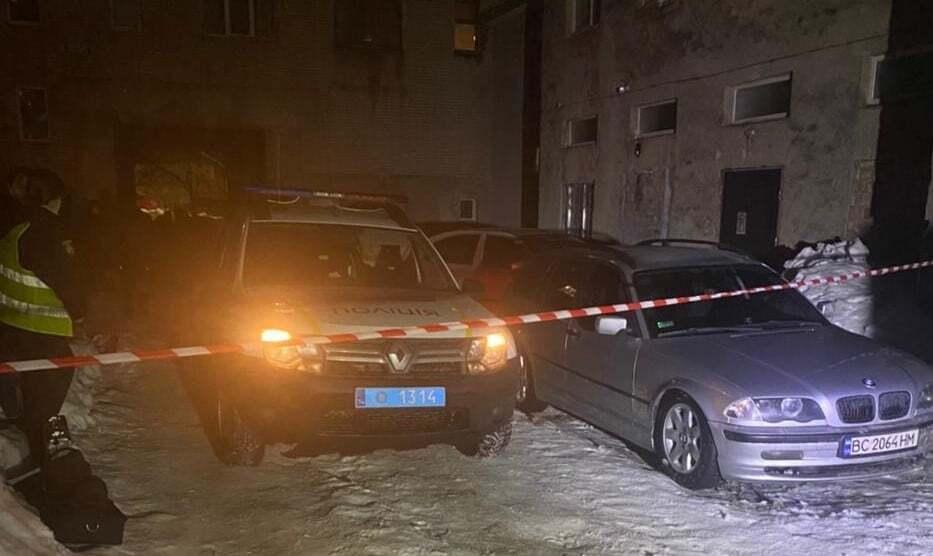 Взрыв прогремел возле подъезда дома в Дрогобыче.