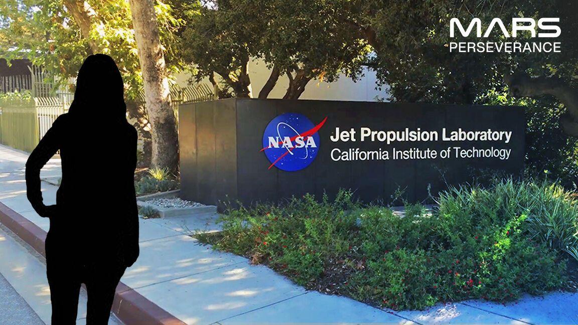 Фотокабина NASA дает возможность создать фото на фоне агентства