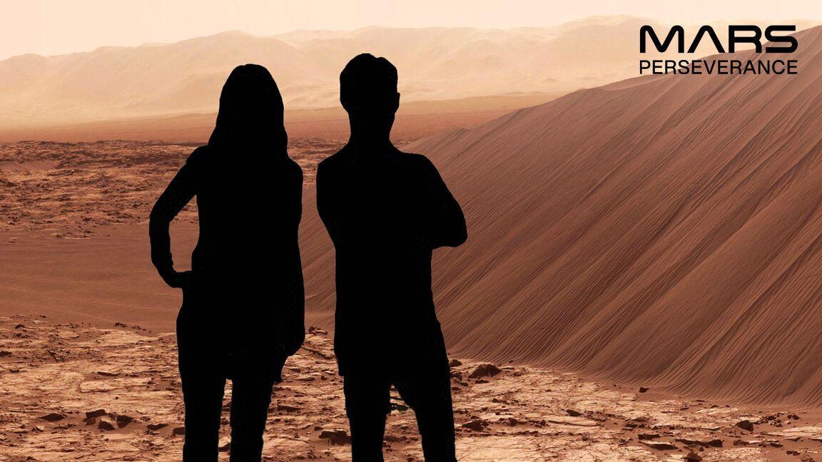 Пользователь имеет возможность создать фото на фоне пейзажей Марса