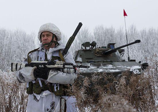 Российские военные проведут масштабные учения в Крыму