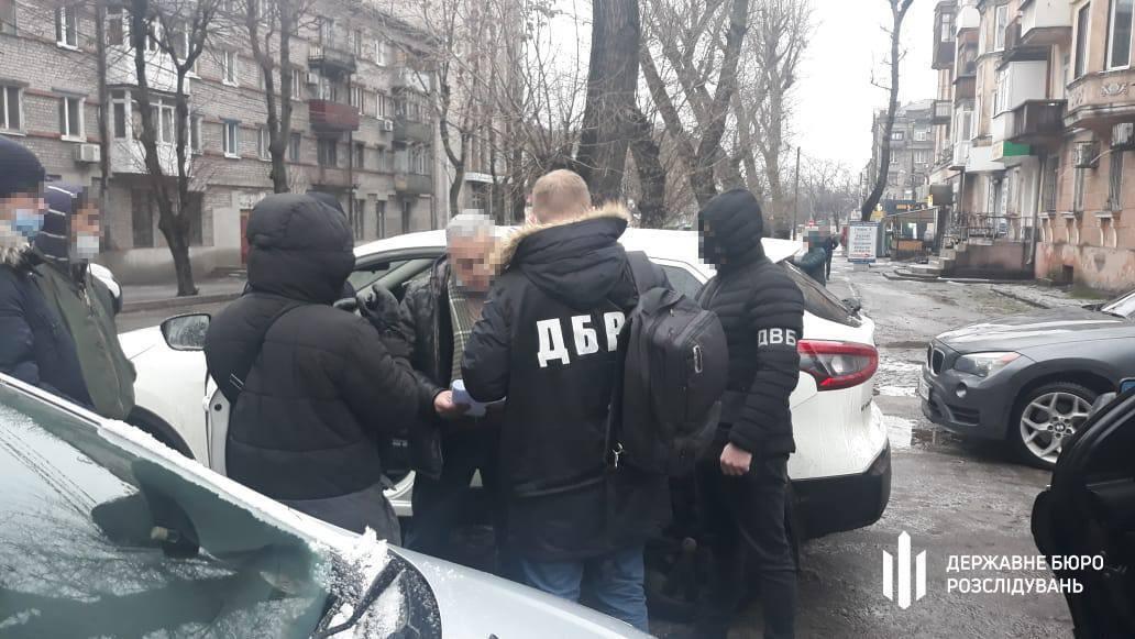Задержание следователя сотрудниками ГБР