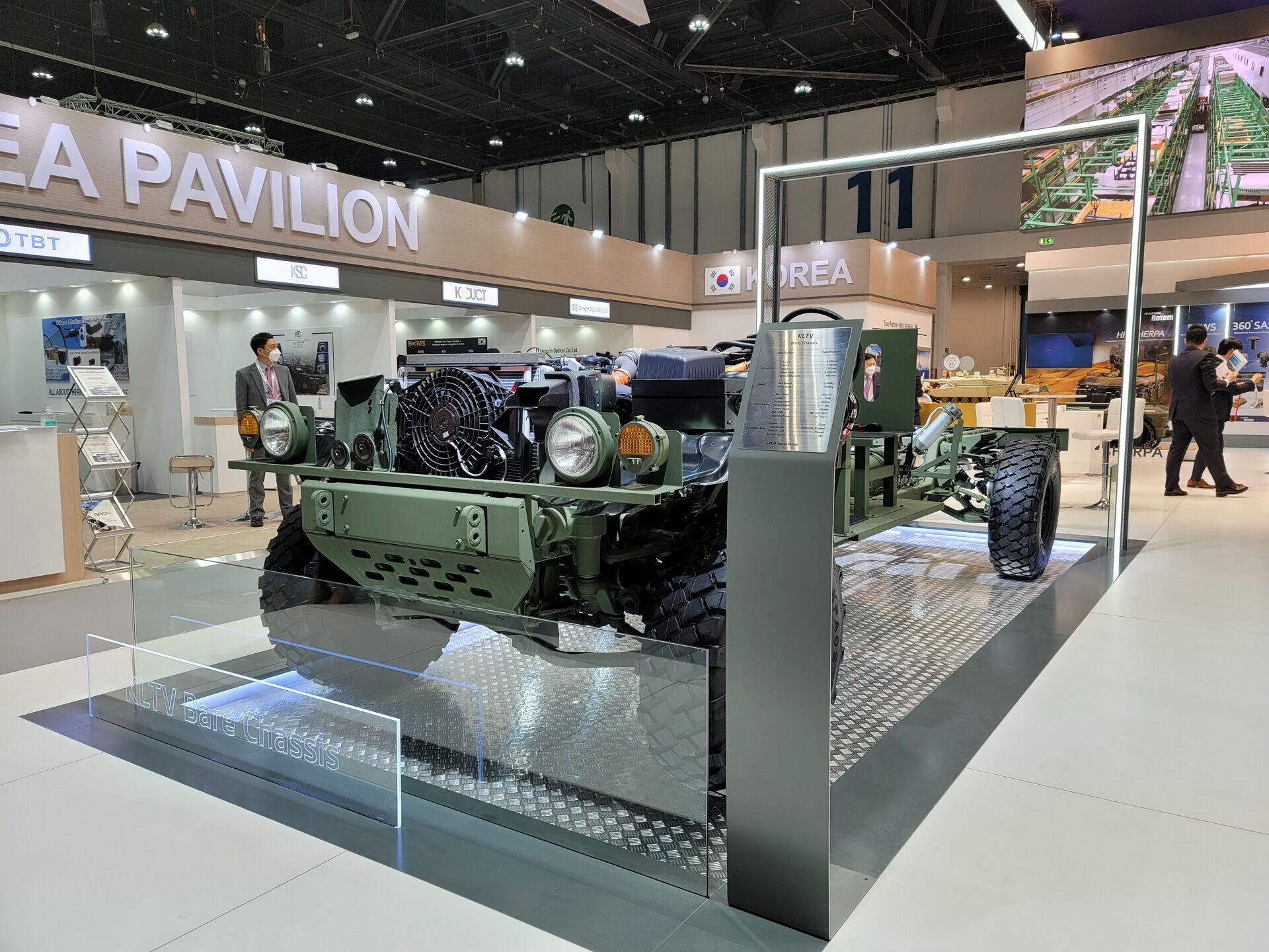 В движение вездеход приводит 225-сильный дизельный двигатель, который соответствует нормам Euro 5