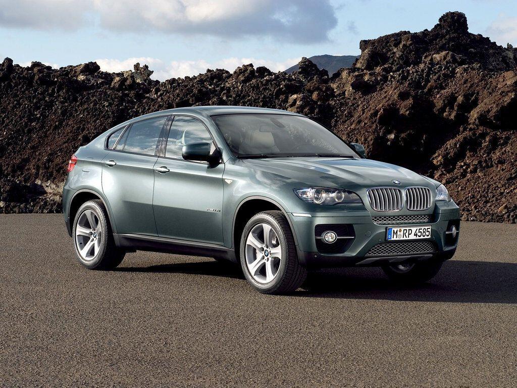 BMW X6 в 2008 году создал новый сегмент спортивных имиджевых кроссоверов