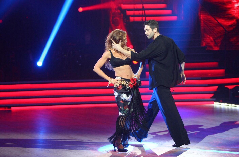 Оксана Марченко выступает с Дмитрием Чаплиным.