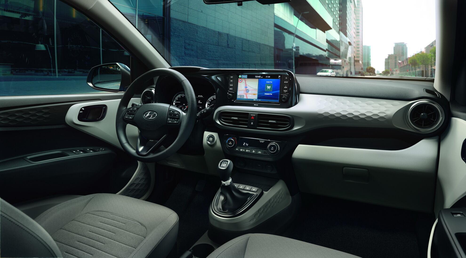 Приладова панель Hyundai i10
