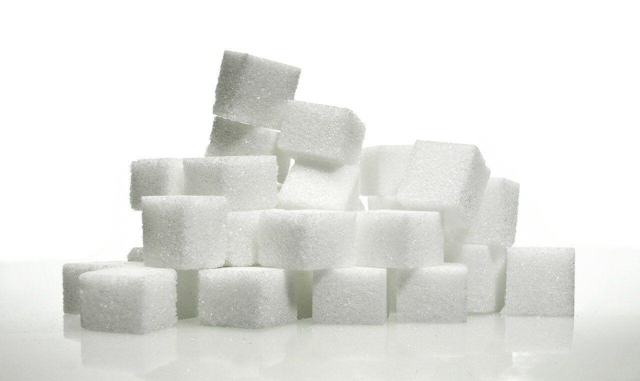 Рафинированный сахар является одним из главных факторов, который приводит к накапливанию висцерального жира