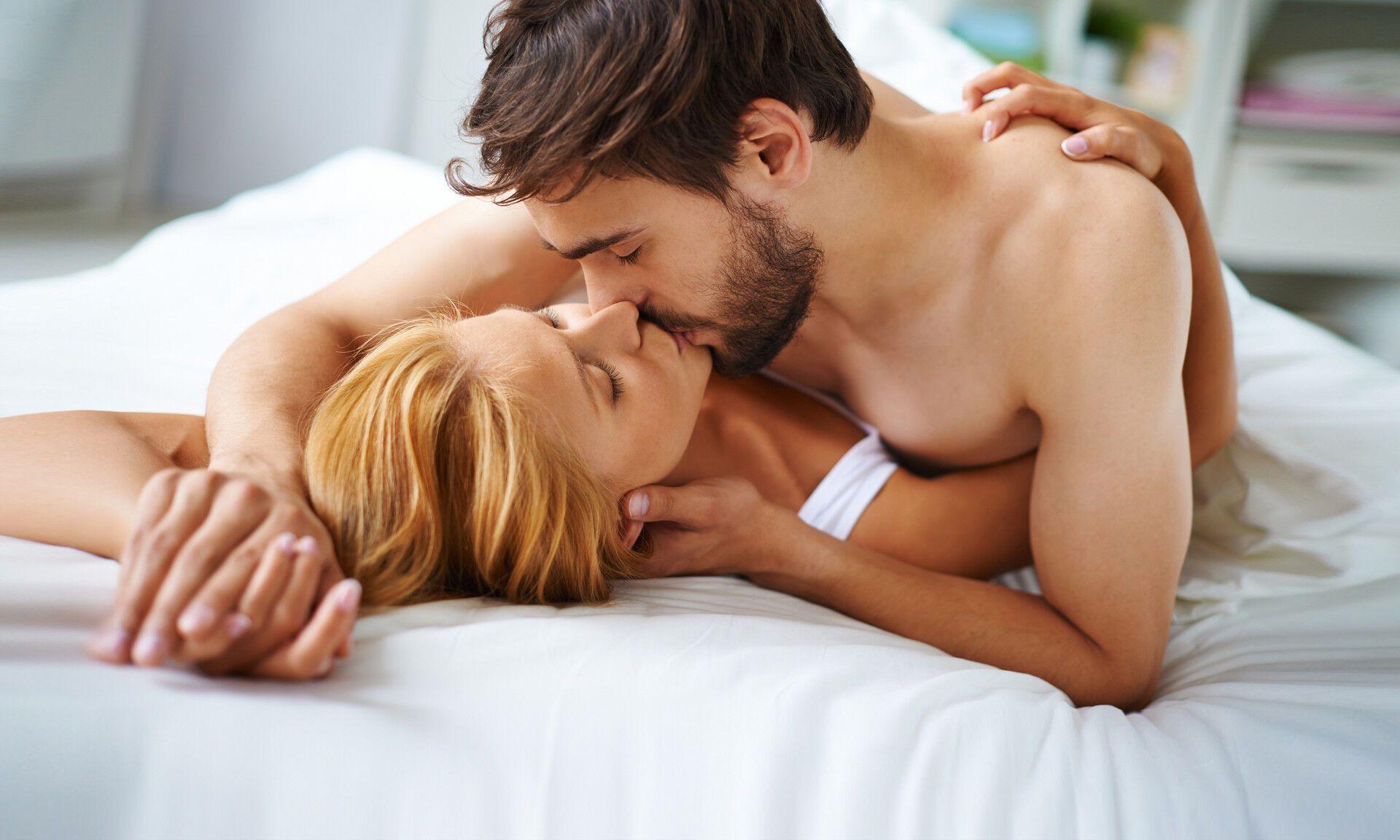 Важливо відрізняти порно-ідеали від реальності в сексі.