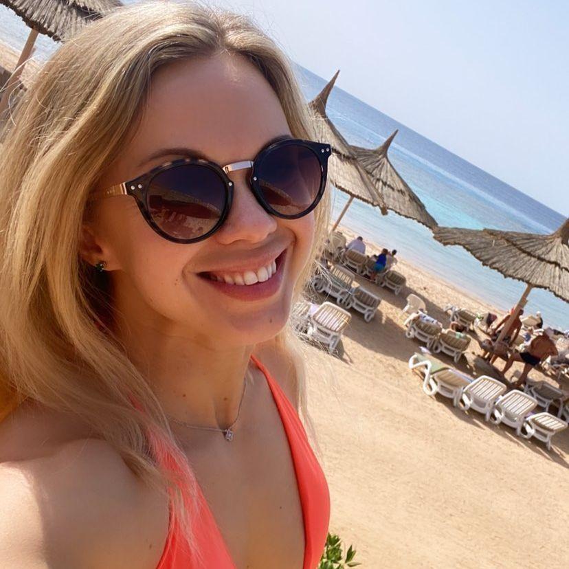 Мария Бурлака на пляже в Египте
