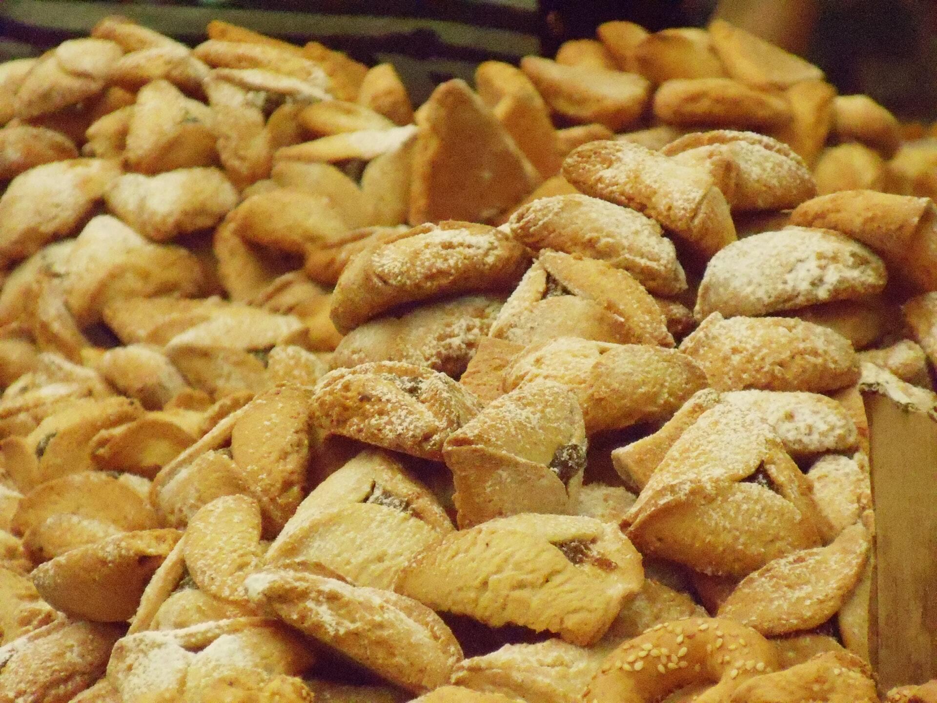 """Традиційна страва, яку готують на Пурим, – гоменташі, або """"вуха Амана"""""""