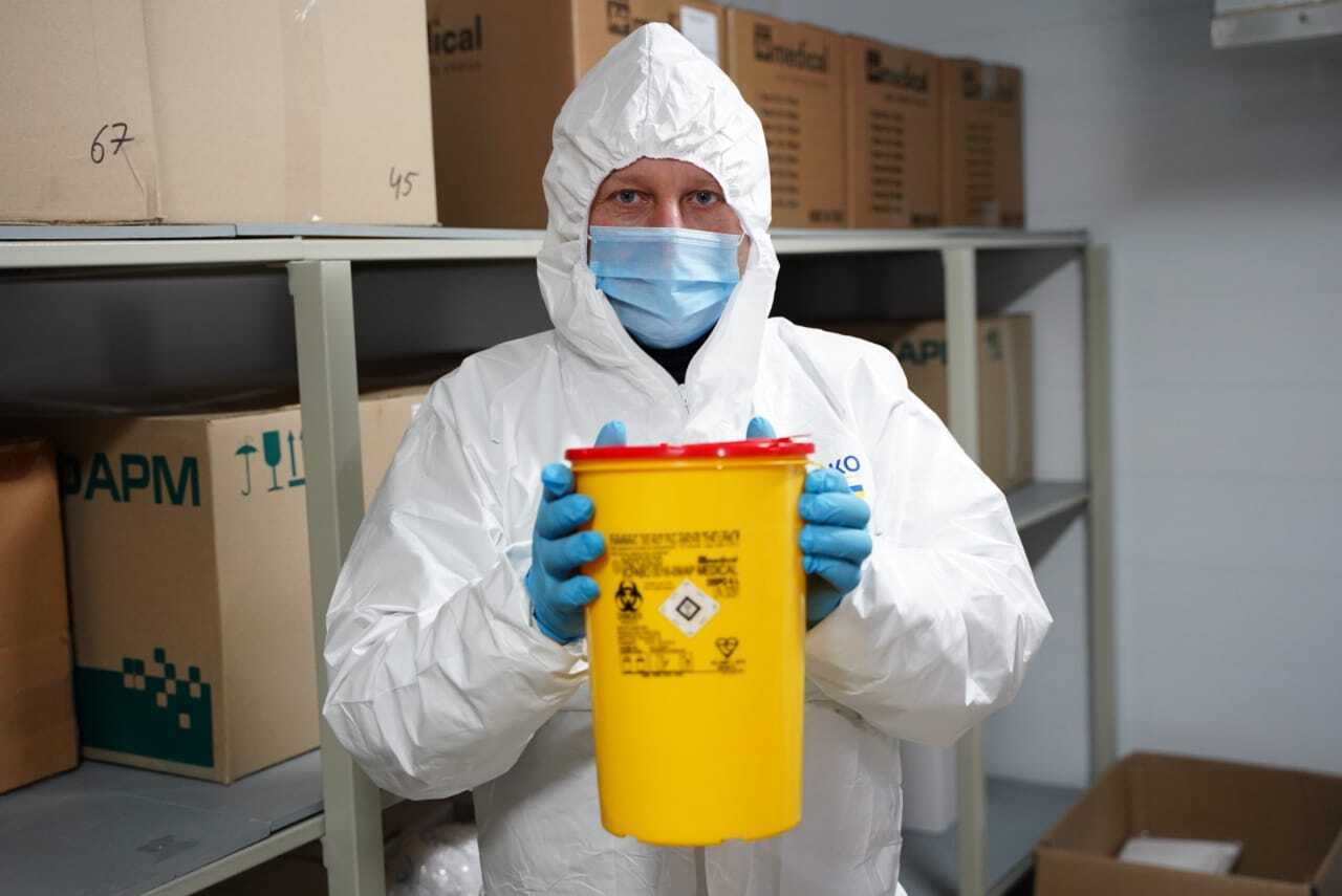 В Киевской области началась вакцинация от COVID-19.