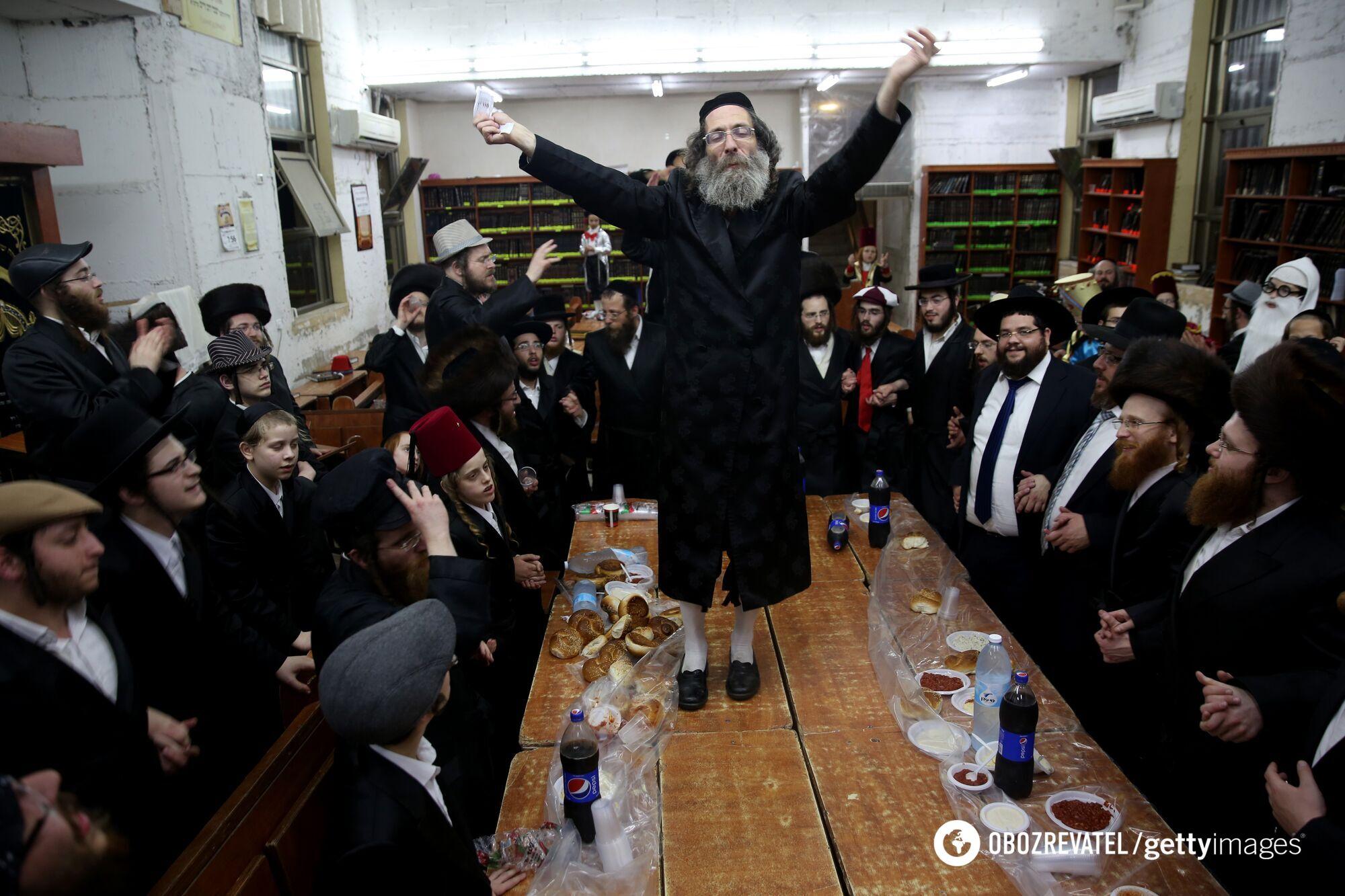 Пурим – єдиний день, коли євреям належить пити багато алкоголю