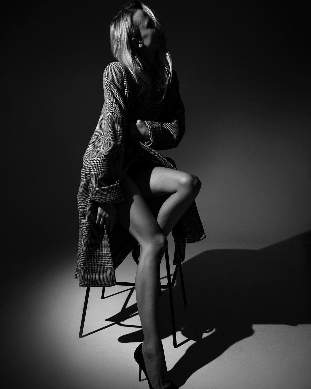 Ірина Сопонару в пікантній фотосесії