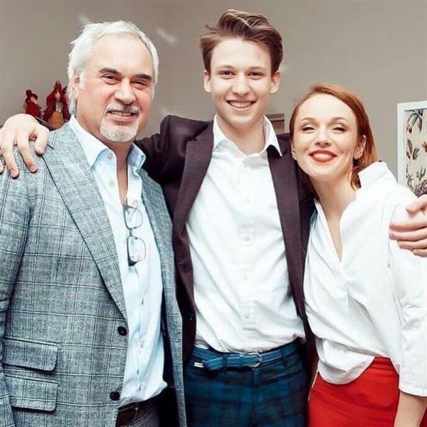 Меладзе і Джанабаєва із сином Костянтином