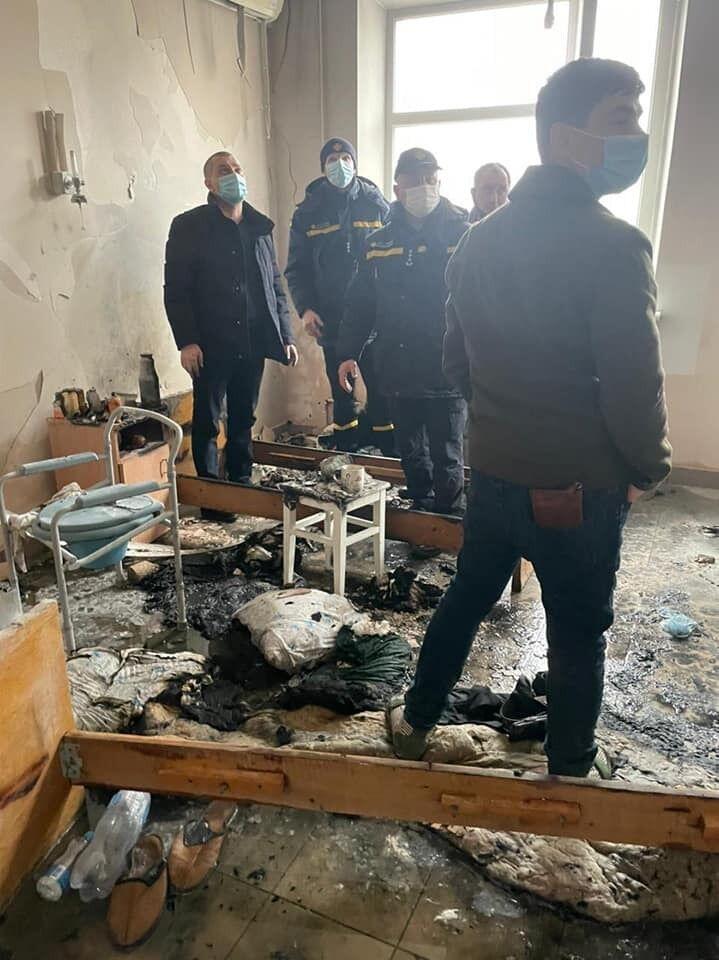 У Чернівцях трапилася пожежа в лікарні, є жертви