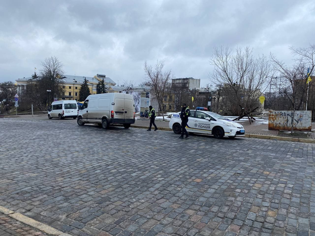 Поліція в Києві вранці 27 лютого