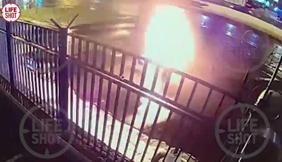 Чоловік облив себе рідиною і підпалив.