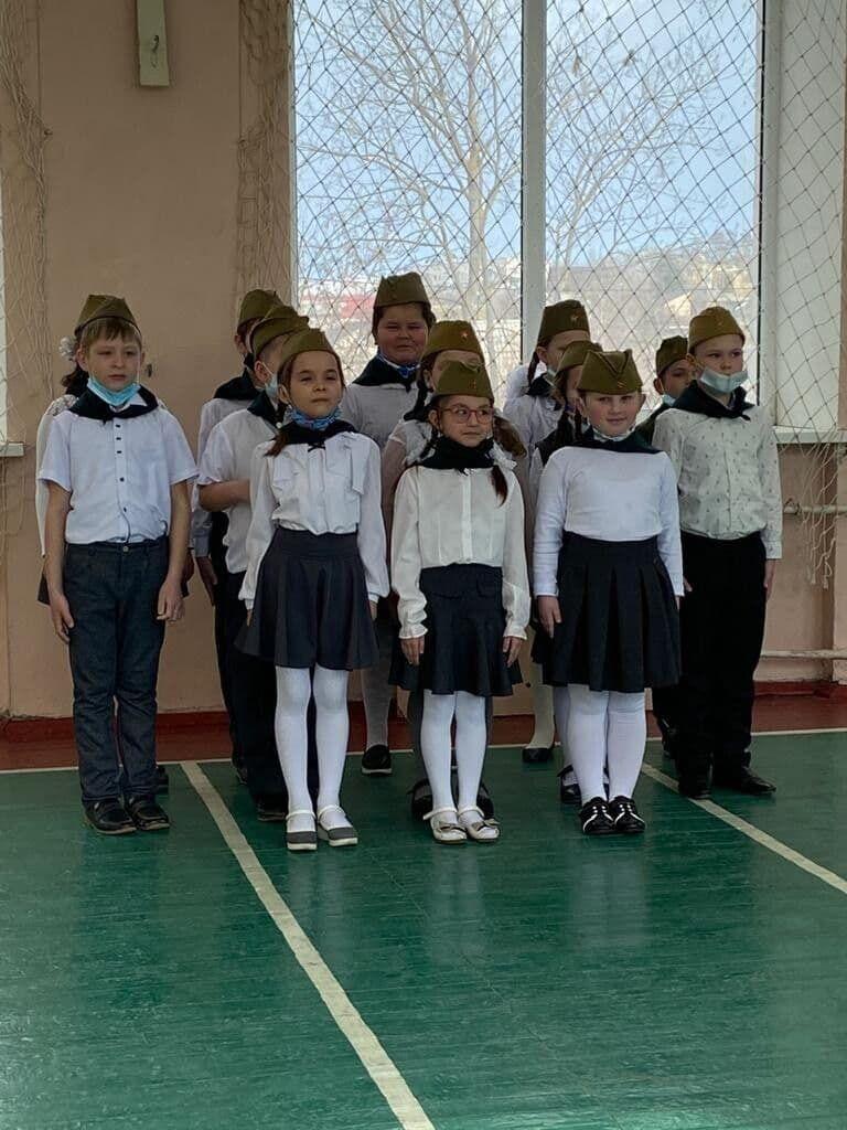 У Криму відбувається мілітаризації українських дітей та підлітків