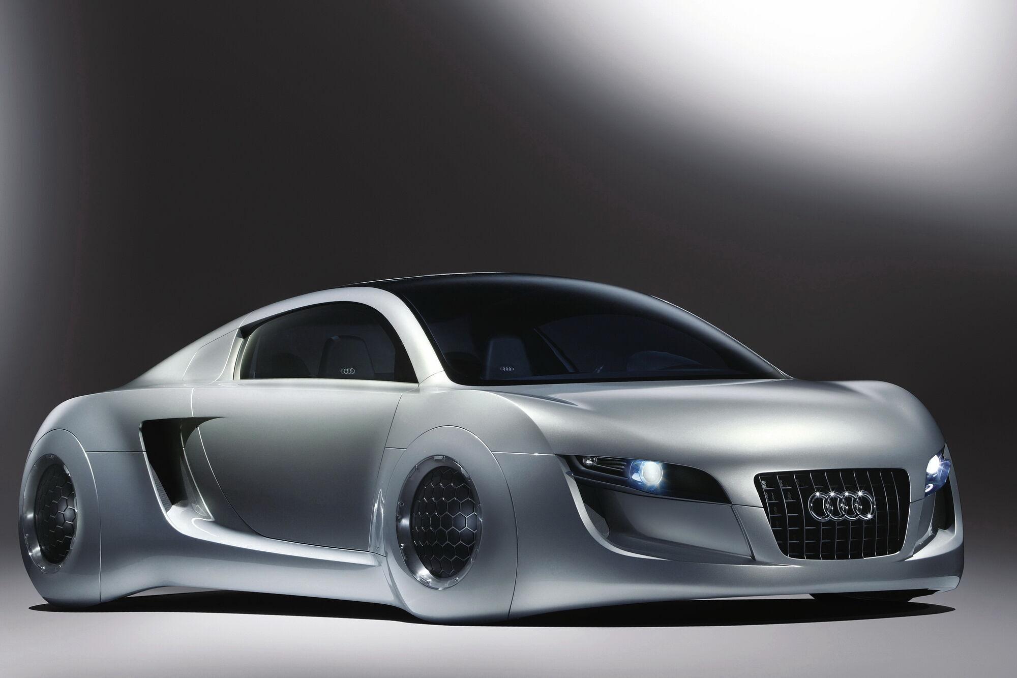"""Audi RSQ Concept 2004 року, створений спеціально для фільму """"Я, робот"""" з Уіллом Смітом у головній ролі"""