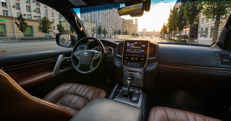 Сегодня Toyota Land Cruiser – роскошный внедорожник