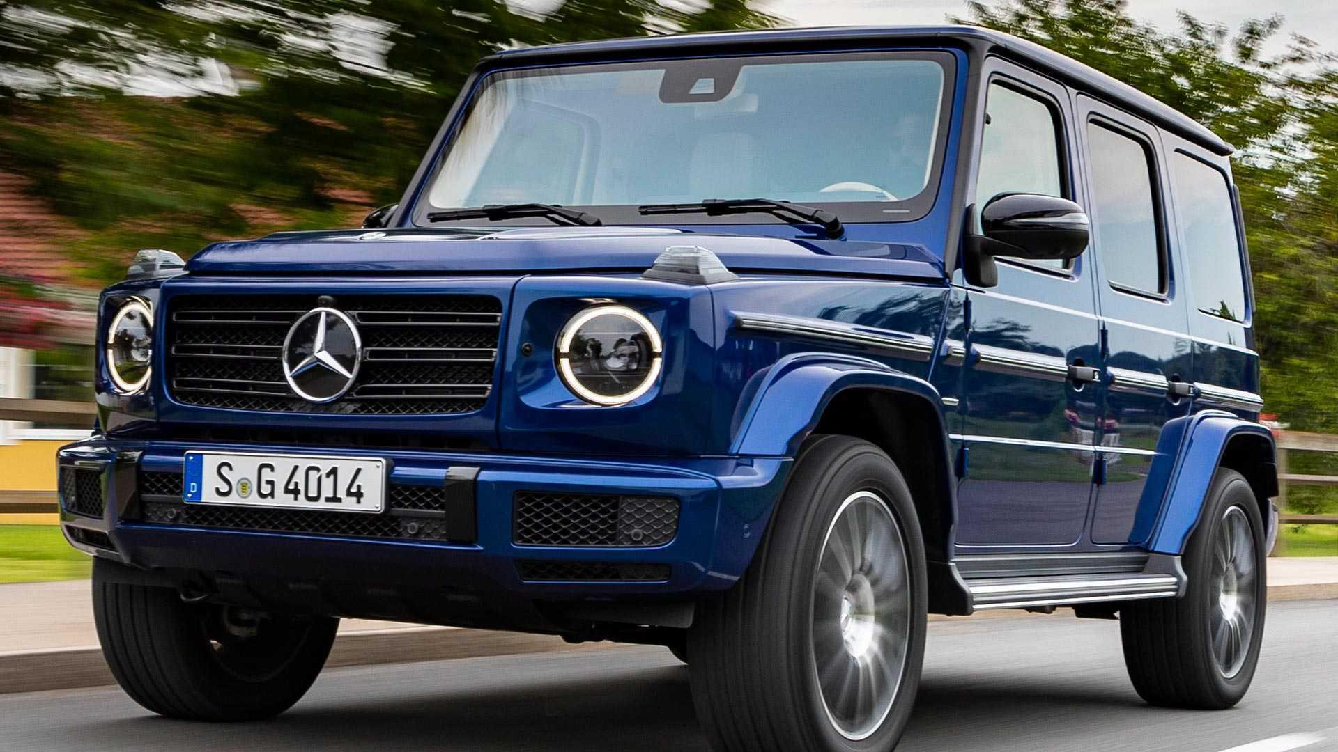 Новый Mercedes G-class тоже очень дорогой, но и оснащен автомобиль по последнему слову техники