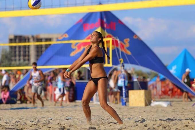 Дарья Перетятько раньше занималась пляжным волейболом