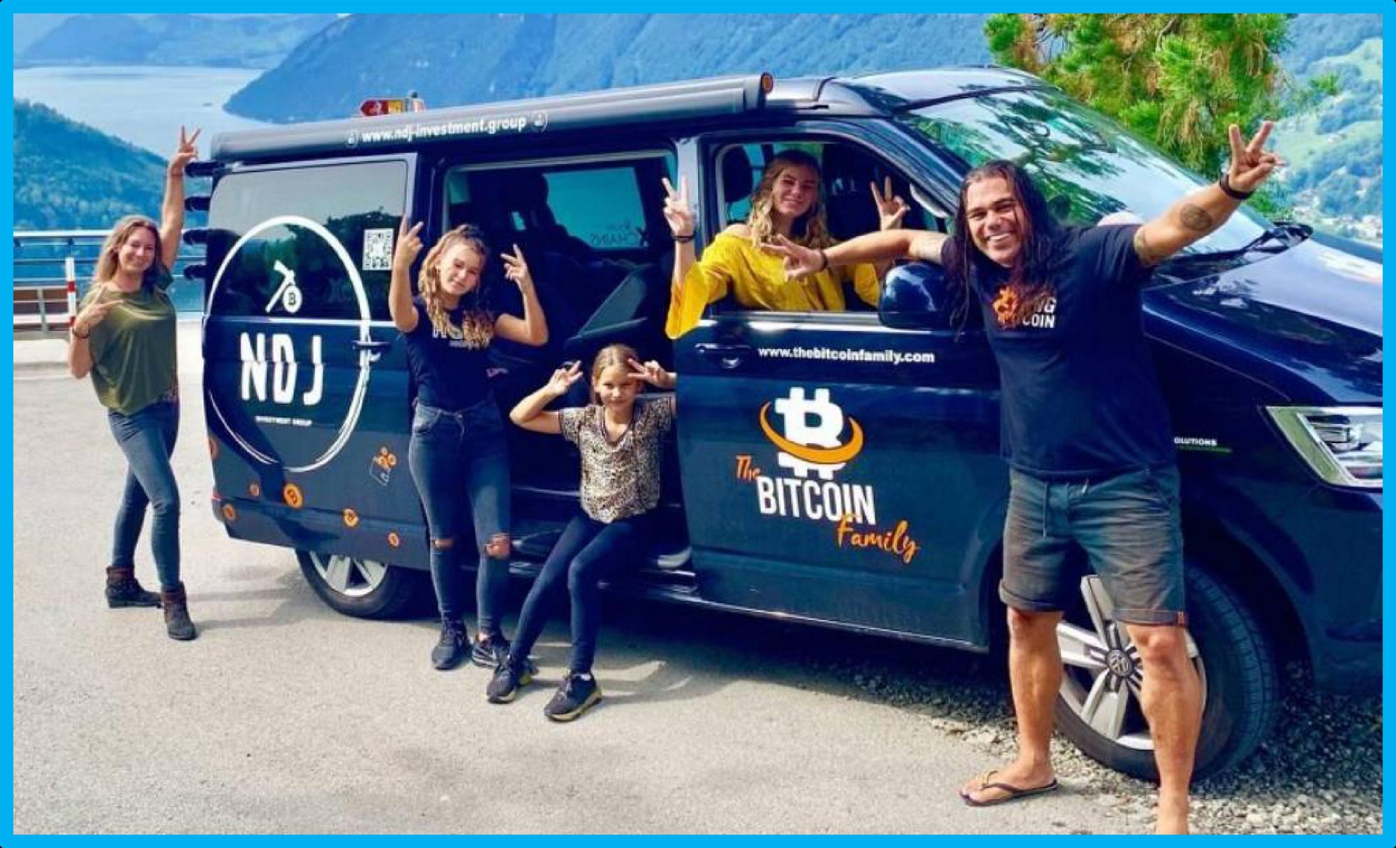Купив криптовалюту, семья обзавелась лишь фургоном для жизни
