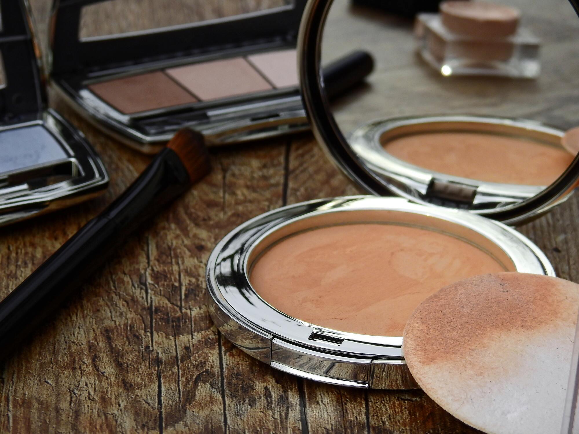 Визажисты уверены, что очищение кожи – один из самых главных этапов в уходе за ней