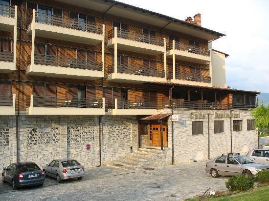 Готель Tsamis