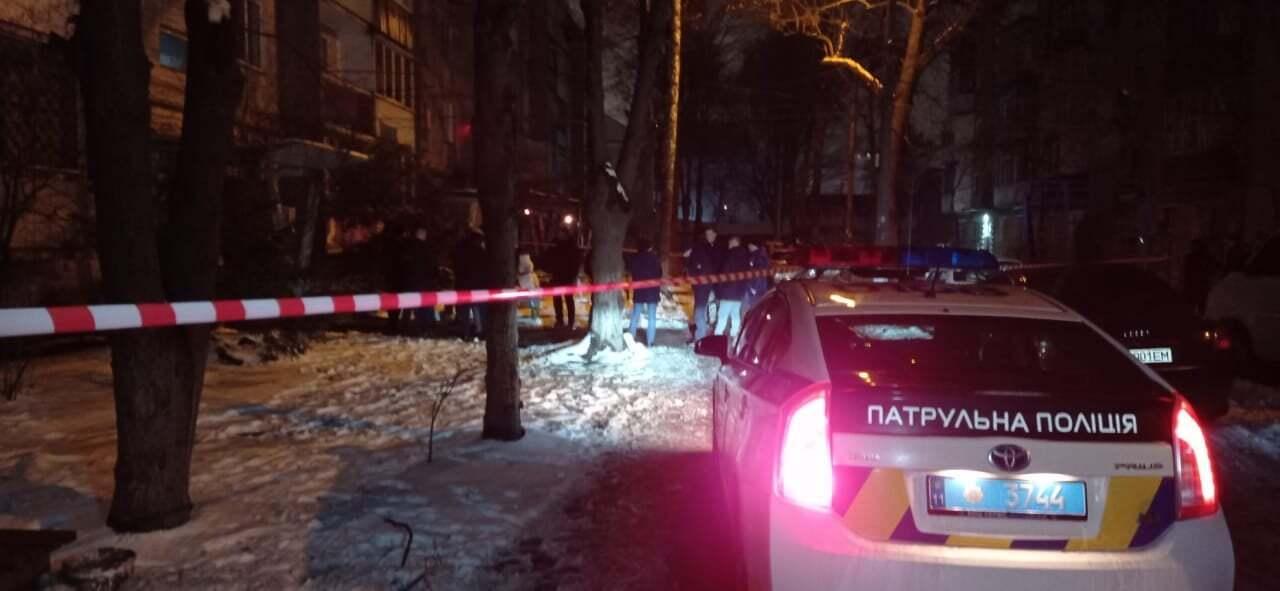 Полиция прибыла на место в Виннице, где была угроза взрыва.