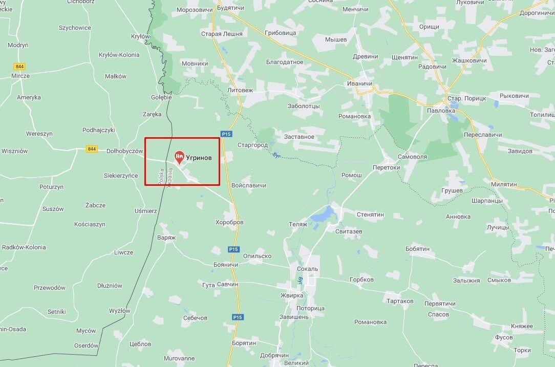 Нелегалы пытались пересечь границу в районе населенного пункта Угринов .