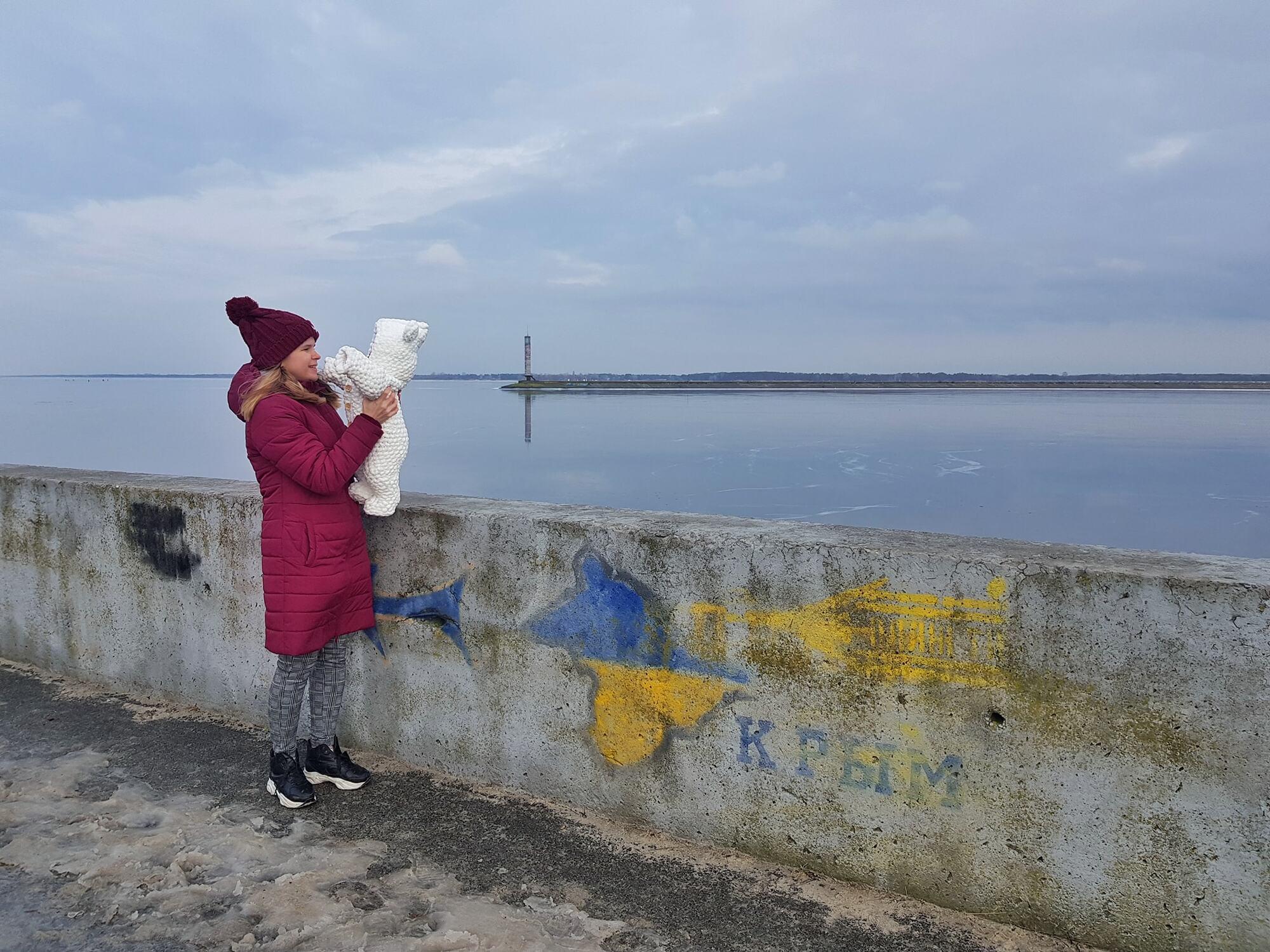 Юлія Бабич із донькою на прогулянці