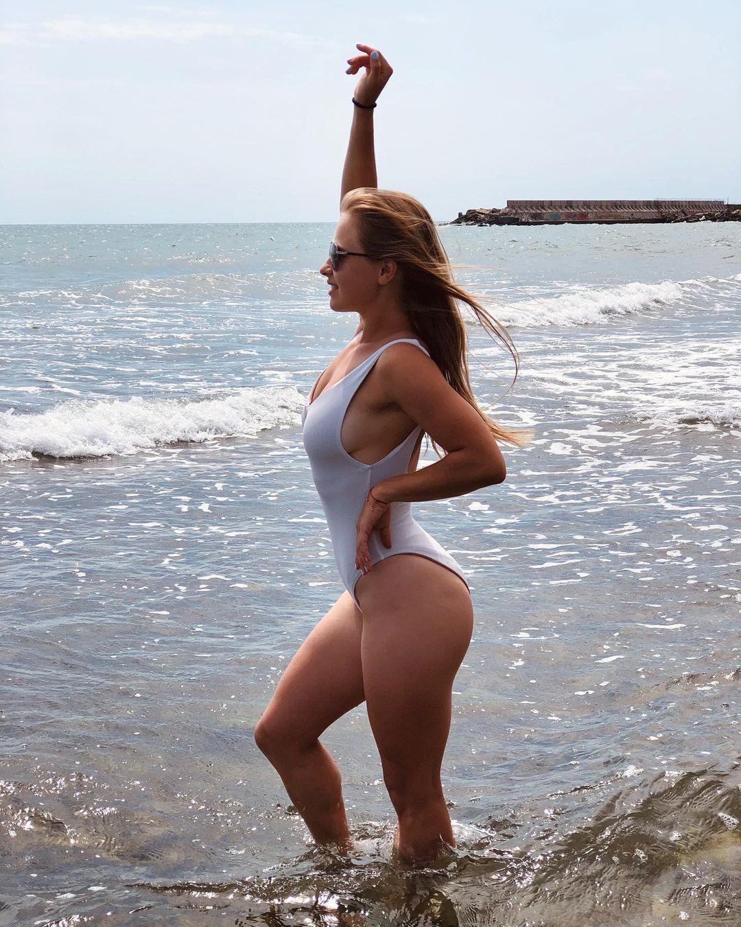 София Причина снялась в купальнике