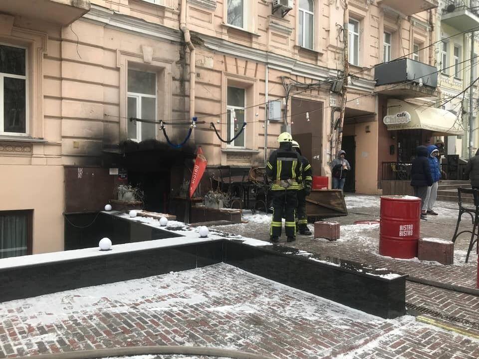 Возгорание возникло на кухне кафе