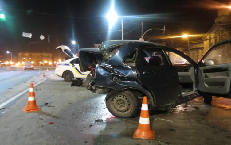 Водій Chevrolet Lacetti помер у лікарні