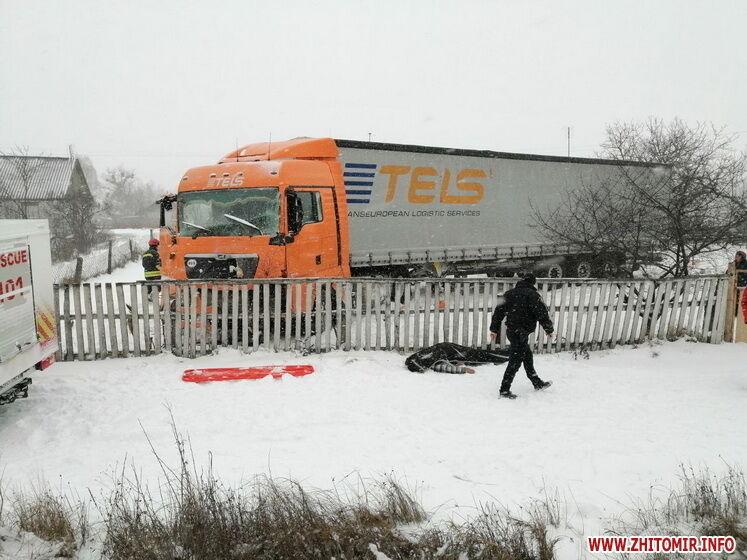 Водій, громадянин Білорусі, помер на місця аварії