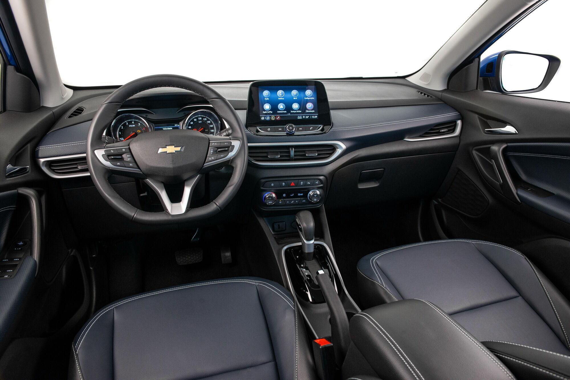 Дизайн интерьера Chevrolet Tracker