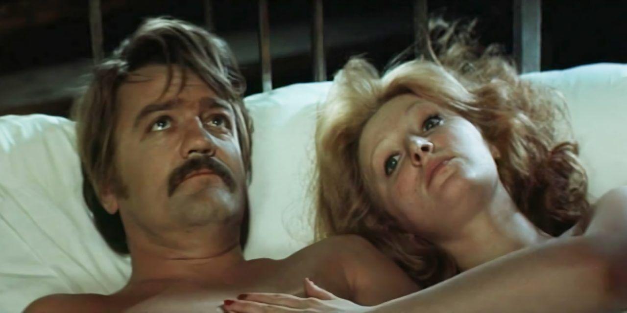 """Интимная сцена любовников из фильма """"Осень""""."""