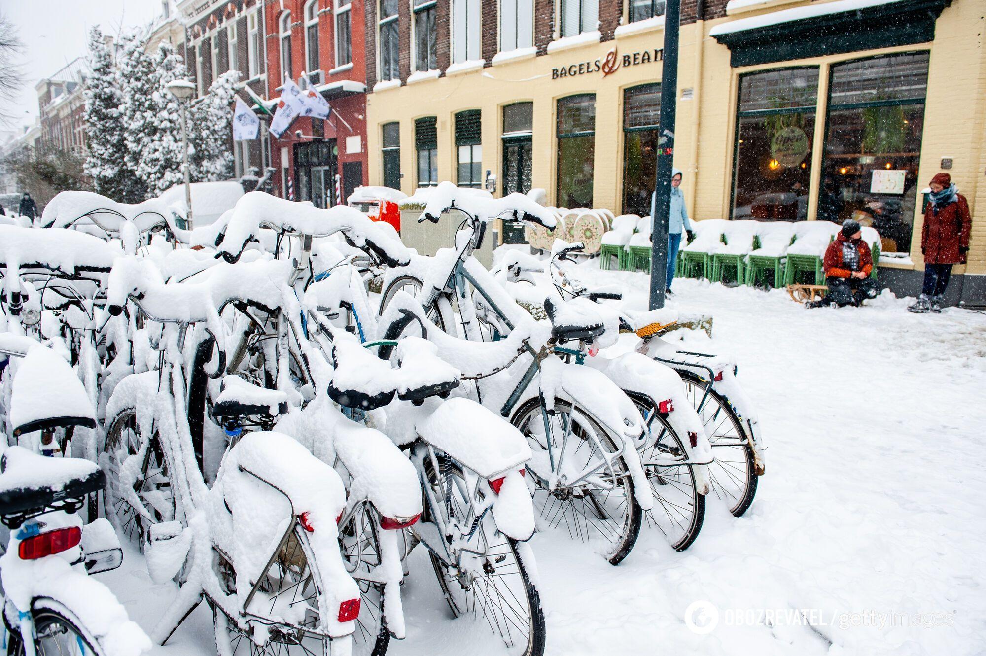 Наслідки снігопаду в Нідерландах.